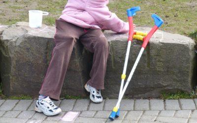 Enfant en situation de handicap : l'importance du professionnel au domicile en complément de l'aidant